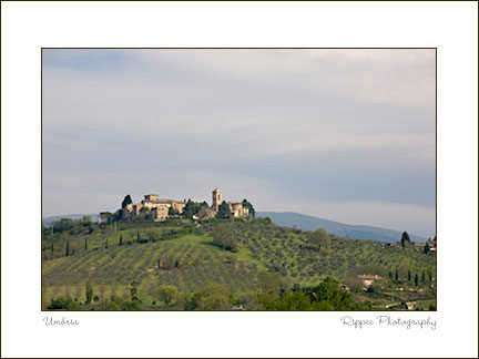 2007 Italy Trip: Beautiful Town on Hilltop