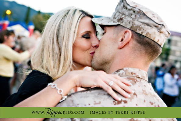 Military Homecoming: First Kiss