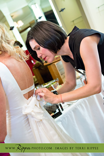 Wedding at Rancho Valencia Resort Del Mar: Last Minute Help With Wedding Dress