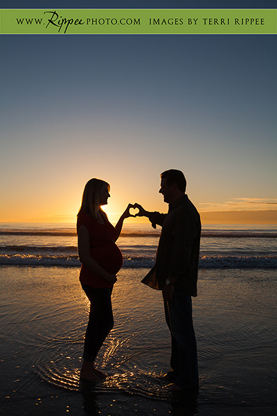Michelle and Justin's Maternity Celebration: Torry Pines Sunset